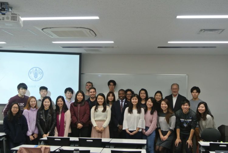 UW and Waseda students attending a lecture on global food security in Japan